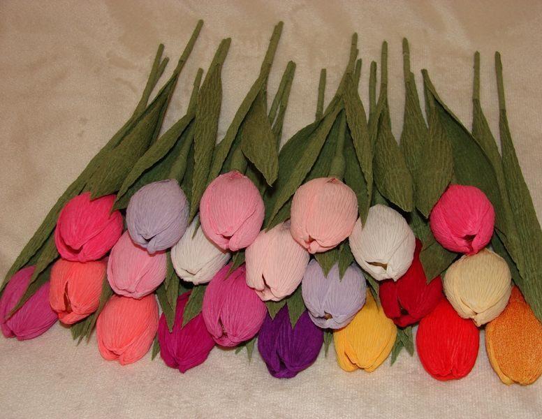 Как сделать из гофрированной бумаги тюльпаны своими руками 9