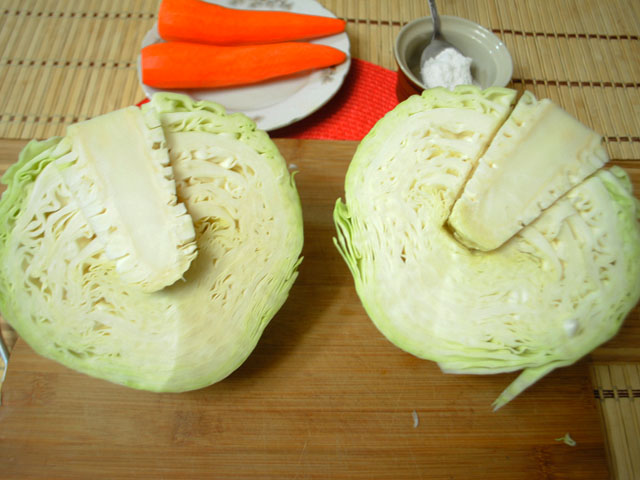 Очень вкусная квашеная капуста: 7 простых способа приготовления хрустящей и сочной капусты этап 11