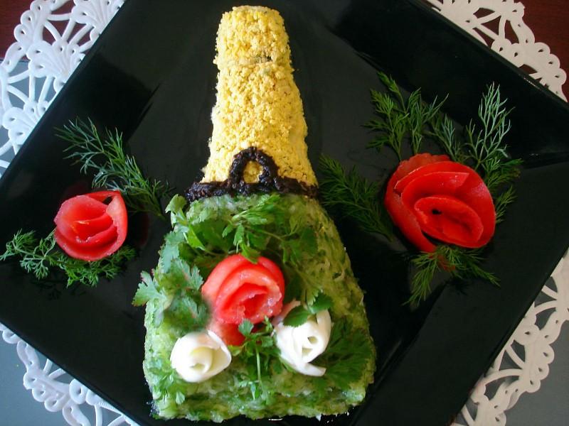 Салаты на 23 февраля: простые и недорогие рецепты праздничных салатиков этап 78
