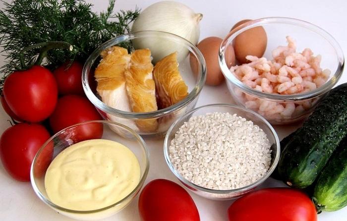 Салаты на 23 февраля: простые и недорогие рецепты праздничных салатиков этап 48
