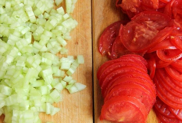 Салаты на 23 февраля: простые и недорогие рецепты праздничных салатиков этап 51