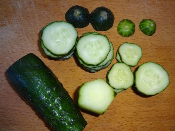 Салаты на 23 февраля: простые и недорогие рецепты праздничных салатиков этап 6