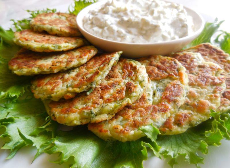 Оладьи из кабачков: простые и вкусные рецепты кабачковых оладушек
