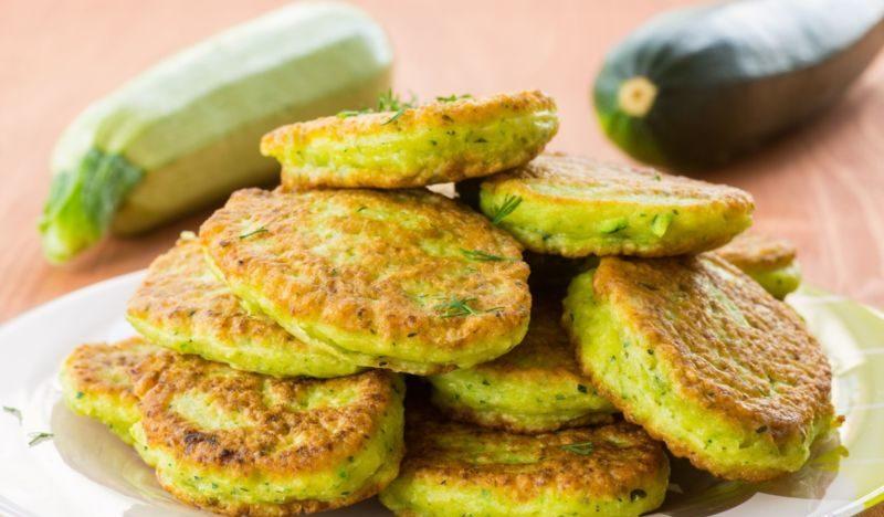 Оладьи из кабачков по простым и вкусным рецептам