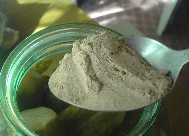 Огурцы соленые на зиму — 6 рецептов хрустящих огурцов в банках этап 16