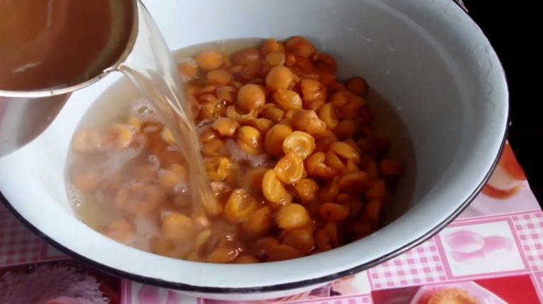 Варенье из абрикосов — 8 рецептов абрикосового варенья дольками этап 7
