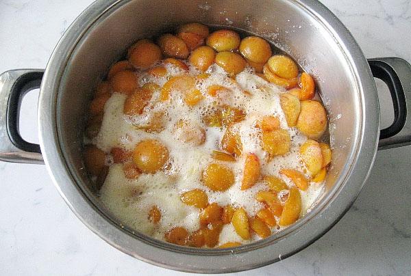 Варенье из абрикосов — 8 рецептов абрикосового варенья дольками этап 13