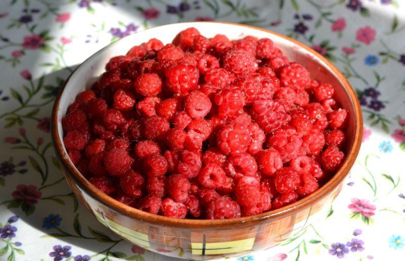 Варенье из малины на зиму. Топ 8 рецептов приготовления малинового варенья этап 3