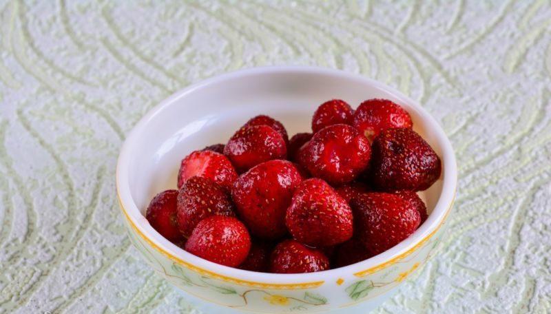 Как варить варенье из виктории, чтобы ягоды были целыми? этап 17