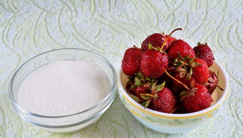 Как варить варенье из виктории, чтобы ягоды были целыми? этап 16