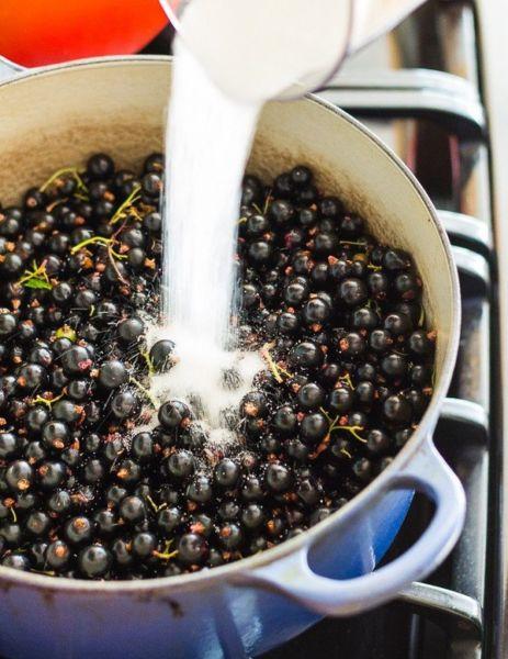 Варенье из черной смородины на зиму — пальчики оближешь этап 9
