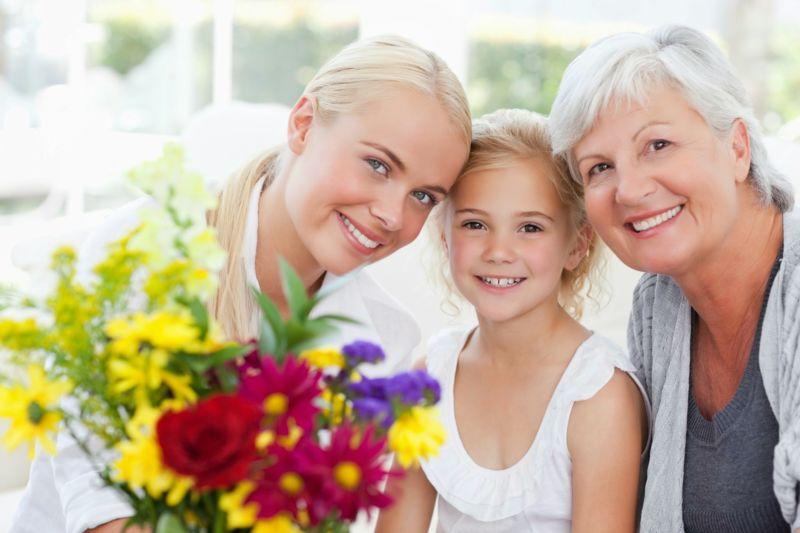 den-materi-7 Стихи на День Матери. Подборка красивых стихотворений до слез