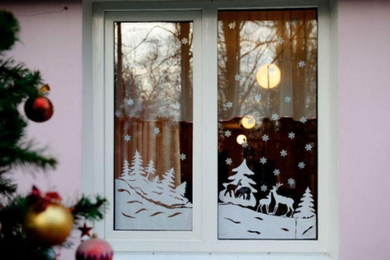 Украшения на окна из бумаги к Новому году 2021. Трафареты и шаблоны новогодних украшений этап 5