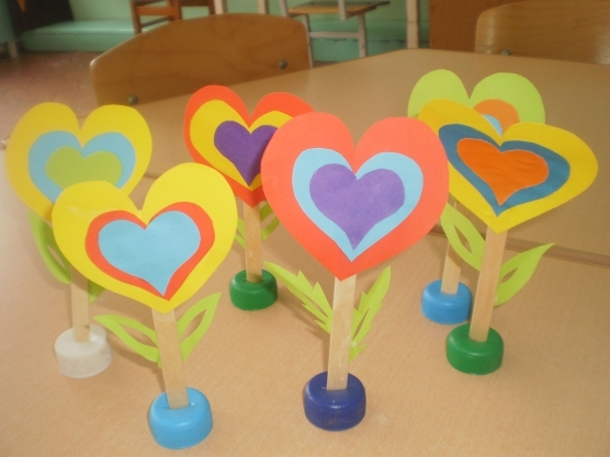 Поделки ко Дню Матери своими руками в детском саду и начальной школе