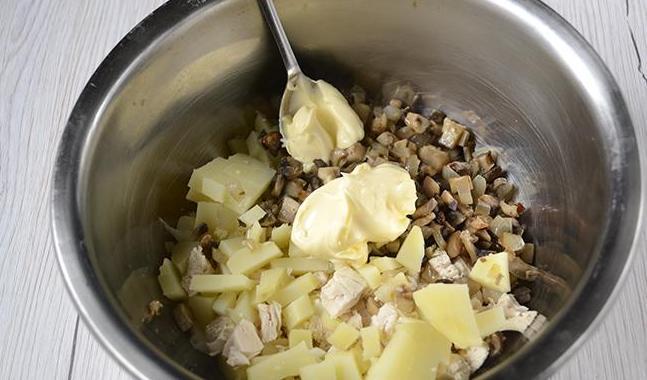 Салаты на Новый год 2021. Простые и вкусные рецепты новогодних салатов этап 49