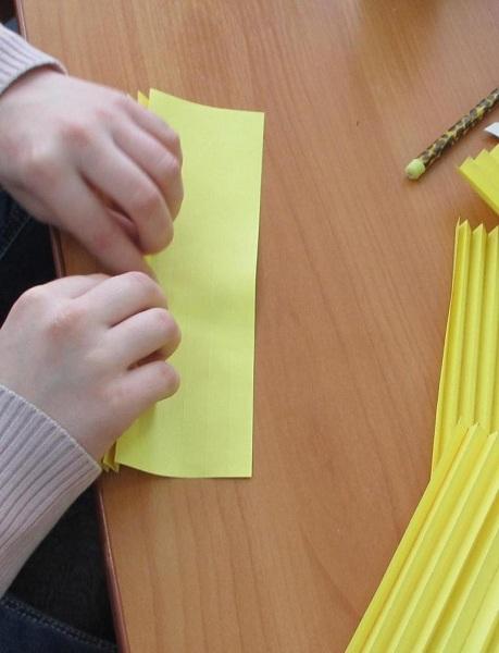 Поделки ко Дню Матери своими руками. Идеи для начальной школы и детского сада этап 54