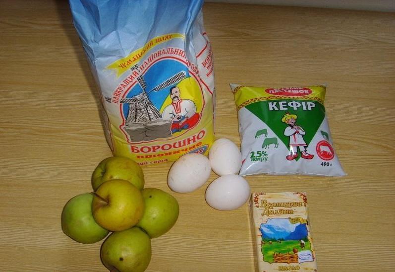Пышная шарлотка с яблоками — 6 рецептов приготовления шарлотки в духовке этап 26