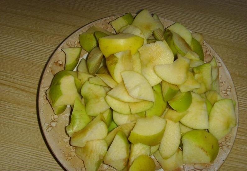 Пышная шарлотка с яблоками — 6 рецептов приготовления шарлотки в духовке этап 27