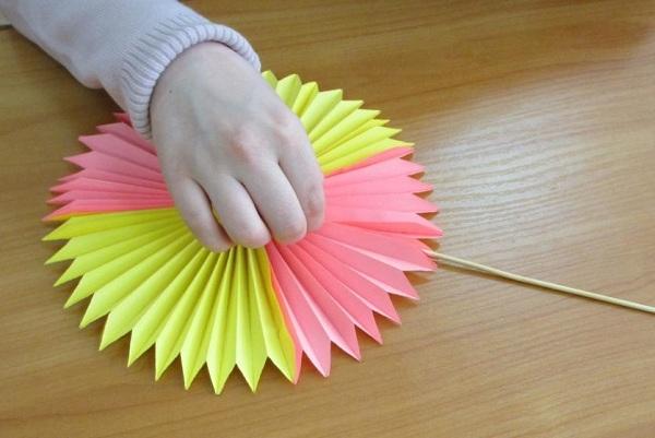 Поделки ко Дню Матери своими руками. Идеи для начальной школы и детского сада этап 59