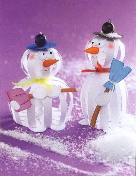 Снеговик своими руками на Новый год из подручных материалов этап 93