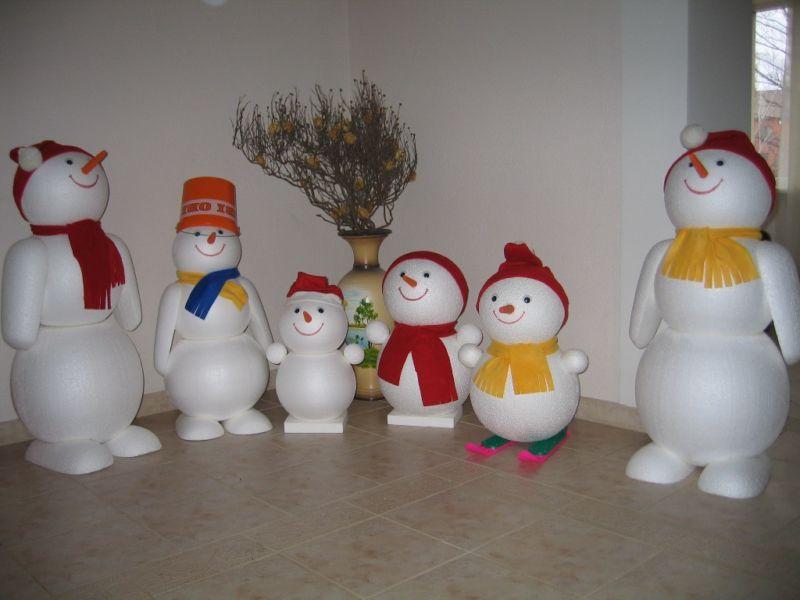 Снеговик своими руками на Новый год из подручных материалов этап 179
