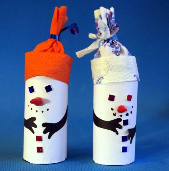 Снеговик своими руками на Новый год из подручных материалов этап 167