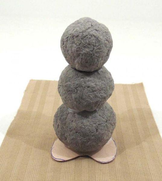 Снеговик своими руками на Новый год из подручных материалов этап 45