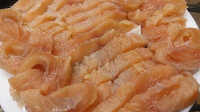 Слабосоленая семга — 7 рецептов соления семги в домашних условиях этап 12