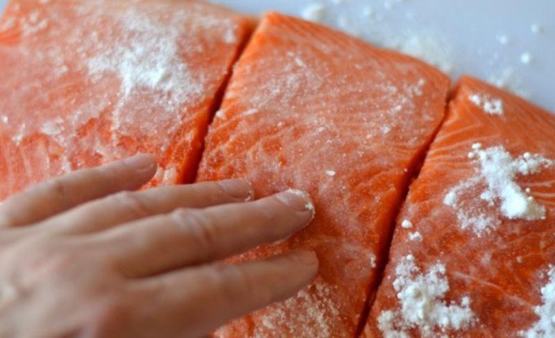 Слабосоленая семга — 7 рецептов соления семги в домашних условиях этап 20