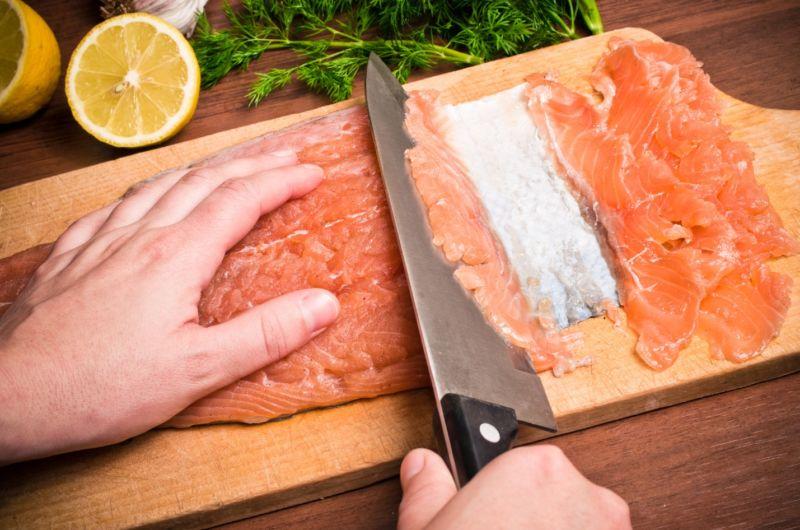 Слабосоленая семга — 7 рецептов соления семги в домашних условиях этап 14