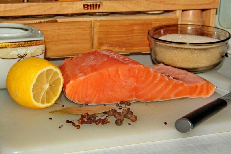 Слабосоленая семга — 7 рецептов соления семги в домашних условиях этап 24