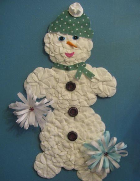 Снеговик своими руками на Новый год из подручных материалов этап 121
