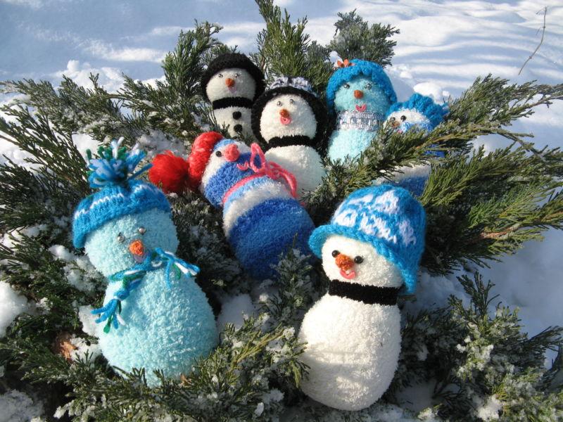 Снеговик своими руками на Новый год из подручных материалов этап 148