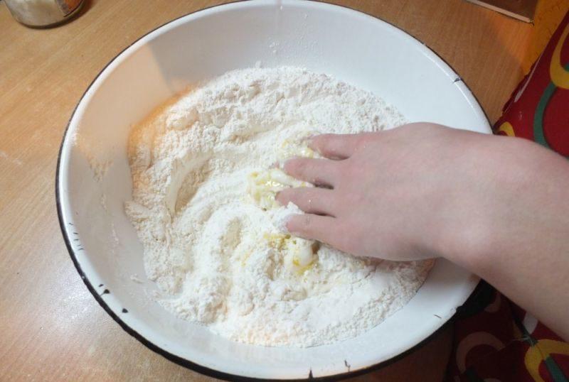 Тесто для домашних пельменей — 10 рецептов эластичного пельменного теста этап 3