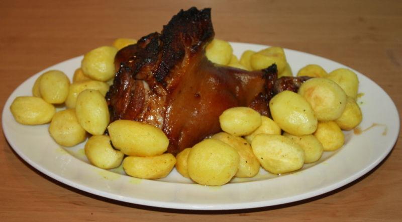 Свиная рулька запеченная в духовке — 7 рецептов приготовления этап 31