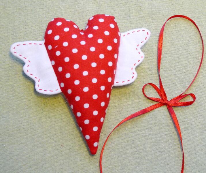 Поделки на День Святого Валентина своими руками для детей: самые красивые идеи поделок на 14 февраля этап 75