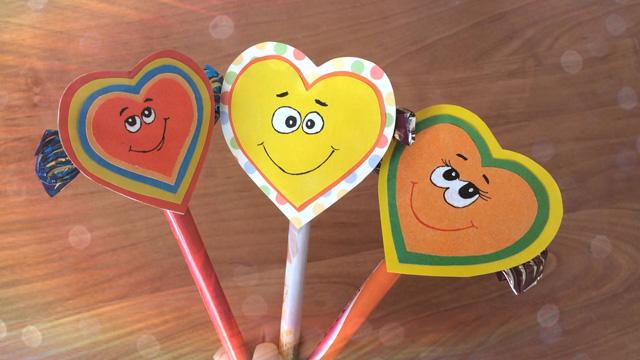 Поделки на День Святого Валентина своими руками для детей: самые красивые идеи поделок на 14 февраля этап 1