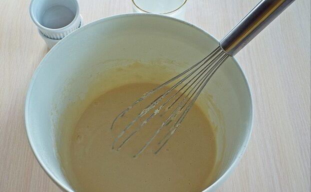 Блинчики с икрой — 6 рецептов приготовления + способы заворачивания блинов этап 15