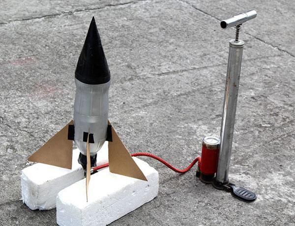 Ракета из бумаги и картона для детей: как сделать своими руками поделку ракету этап 25