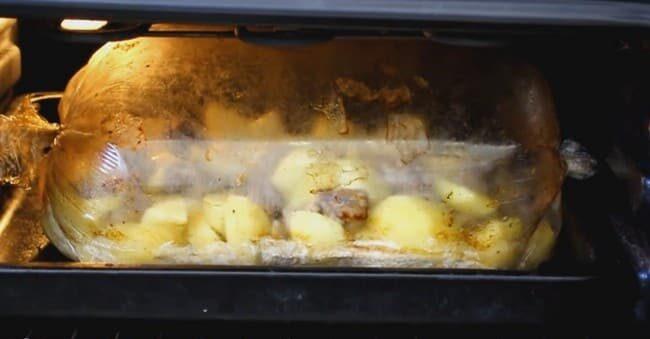 Картошка с мясом в духовке — 6 рецептов этап 27