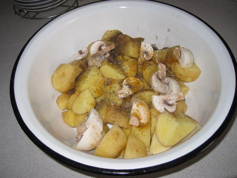Картошка с мясом в духовке — 6 рецептов этап 3