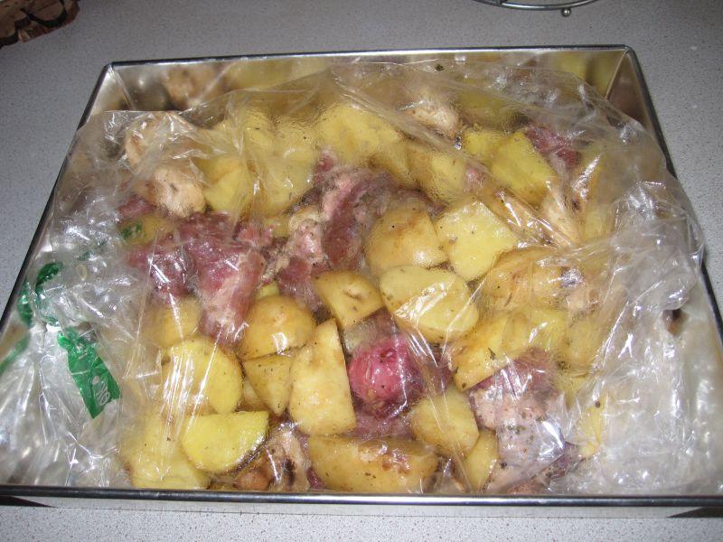 Картошка с мясом в духовке — 6 рецептов этап 5