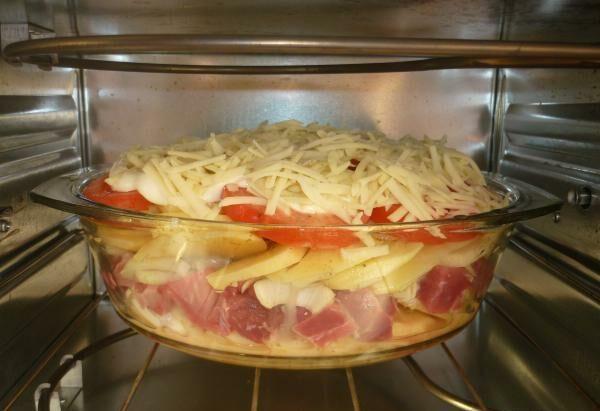 Картошка с мясом в духовке — 6 рецептов этап 22