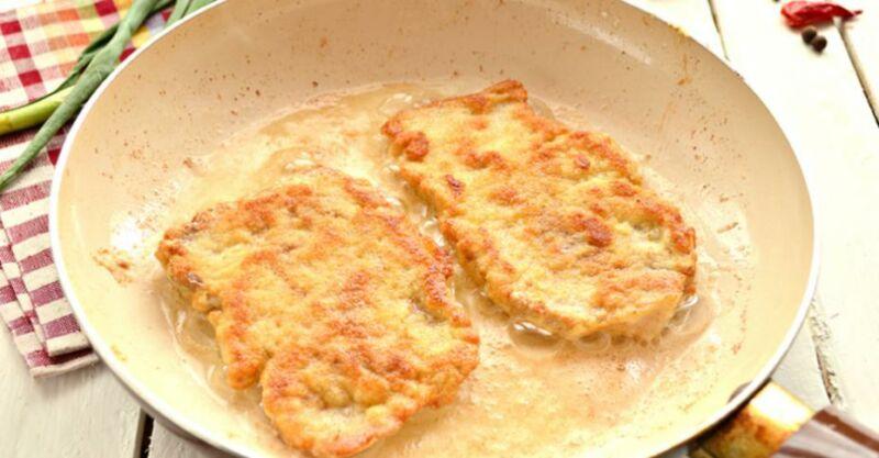 Отбивные из свинины на сковороде — 5 рецептов приготовления вкусных и сочных отбивных этап 19