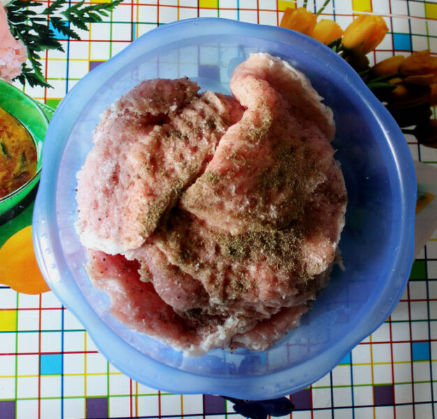 Отбивные из свинины на сковороде — 5 рецептов приготовления вкусных и сочных отбивных этап 24