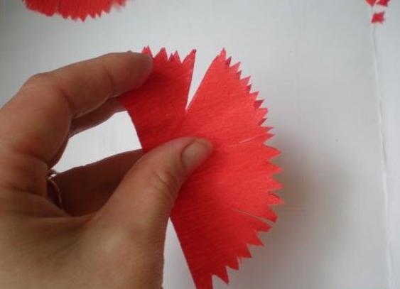 Гвоздики из бумаги своими руками — пошаговые мастер-классы для детей этап 12