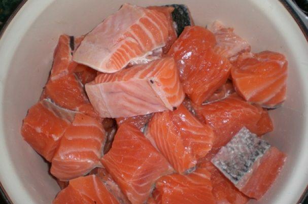 Шашлык из рыбы на мангале. Какую рыбу выбрать и как приготовить шашлык из рыбы этап 4