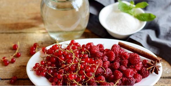 Компот из красной смородины на зиму: 6 рецептов приготовления компота этап 23