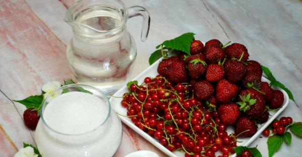 Компот из красной смородины на зиму: 6 рецептов приготовления компота этап 2