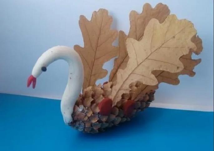 Осенние поделки из листьев своими руками (все новинки для детей детского сада и школы) этап 31